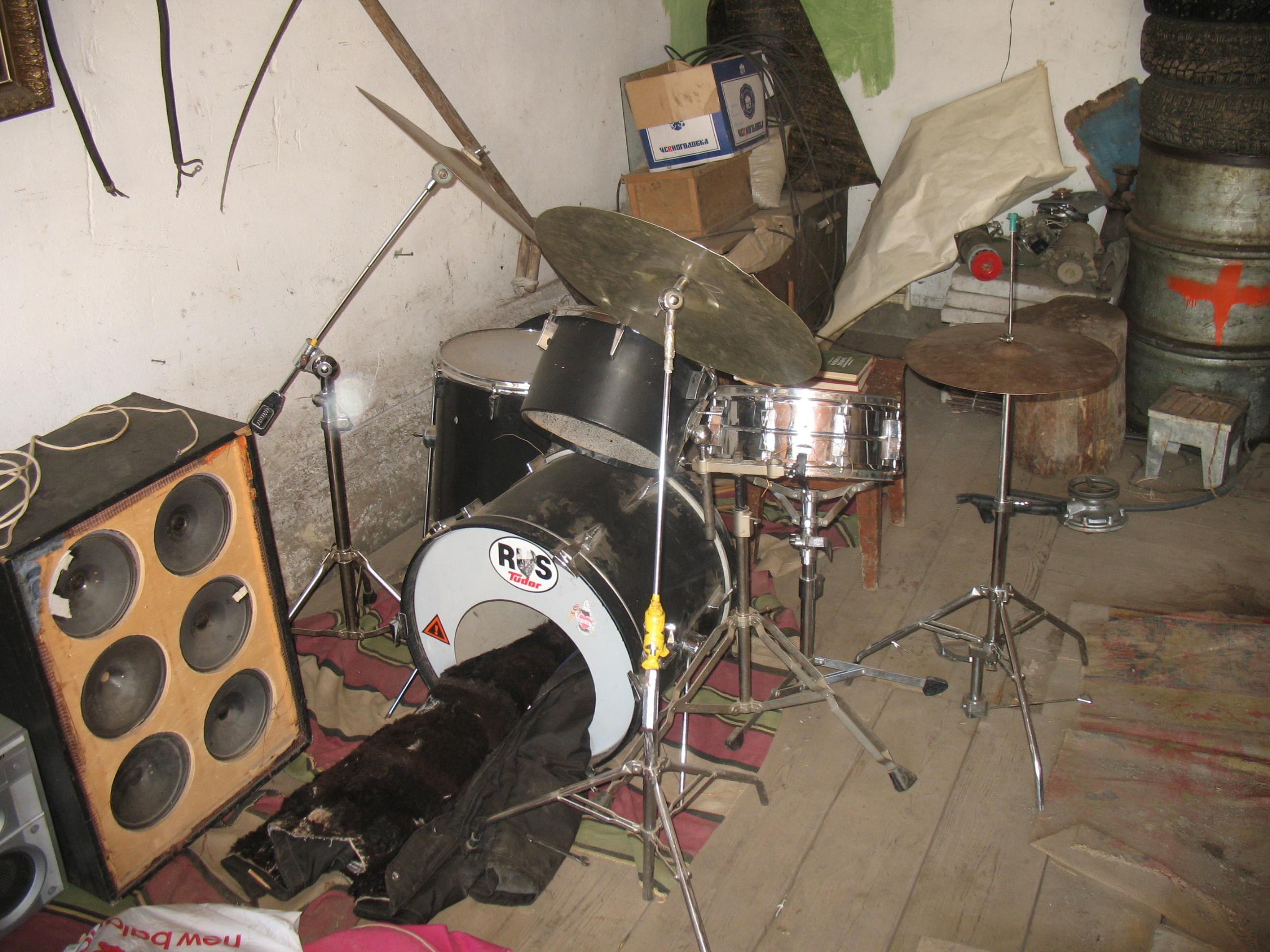 Как сделать домашний барабан - wikiHow 31