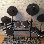 Мощь у тебя дома: Alesis DM 10 Studio Kit