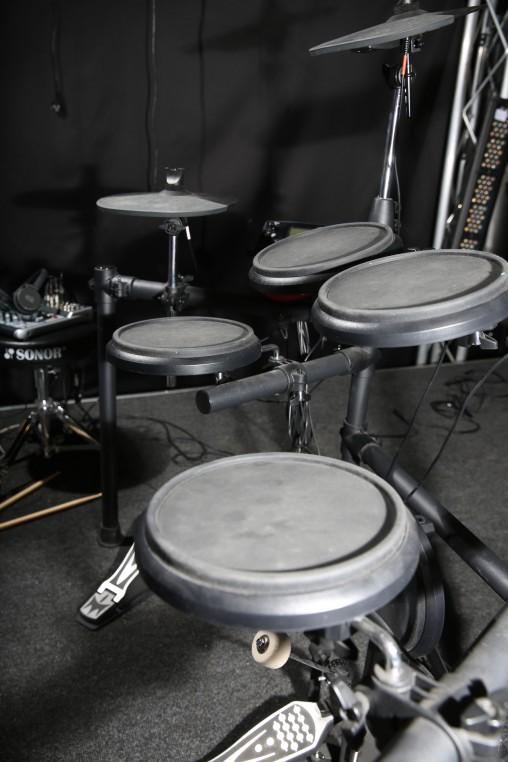 Пэды барабанов установки Medeli DD512