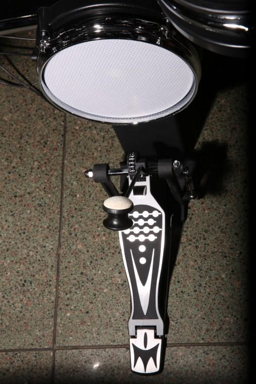 Пэд бас барабана Medeli DD518DX оказался на удивление шумным