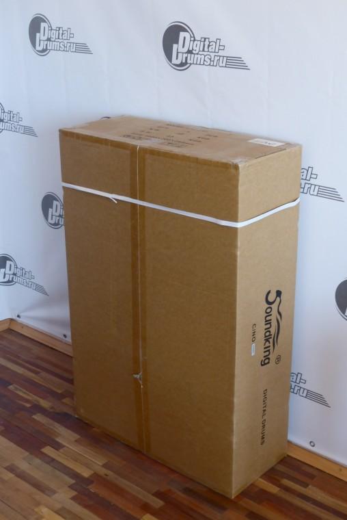 Коробка в которую упакована установка Soundking SKD230