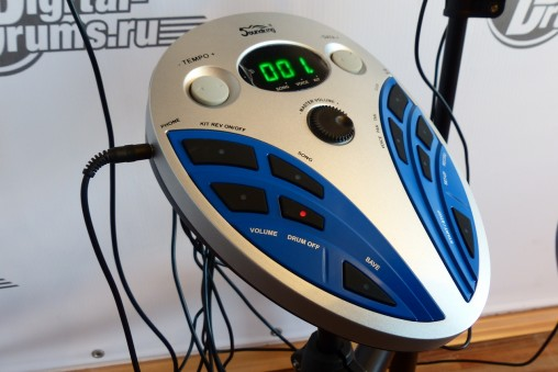 Футуристический модуль Soundking SKD120