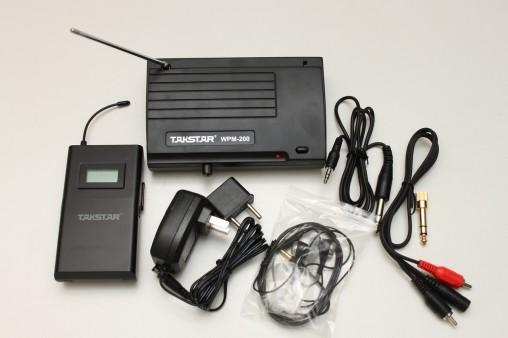 В комплекте WPM-200: приемник, передатчик, блок питания и шнуры