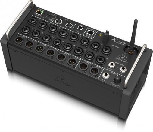 Цифровой микшер Behringer X Air XR18